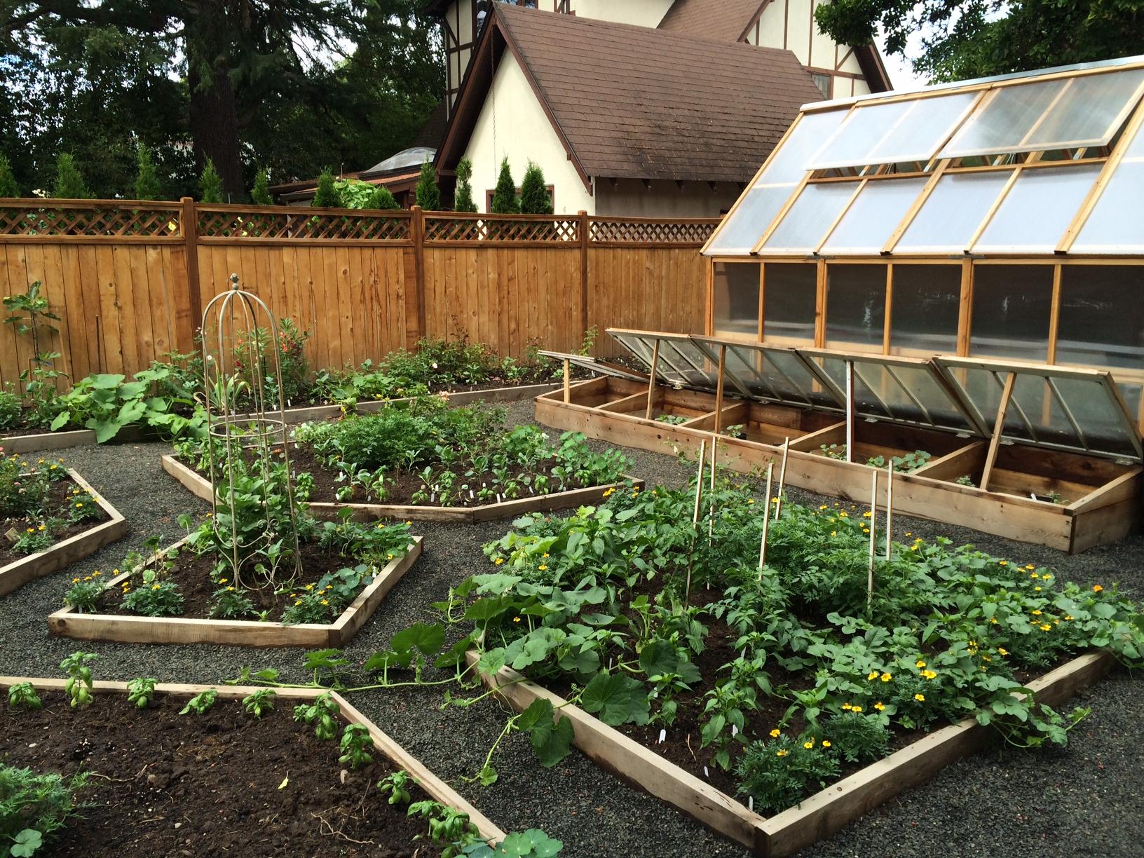 greenhouses – heirloomgardenerdotnet